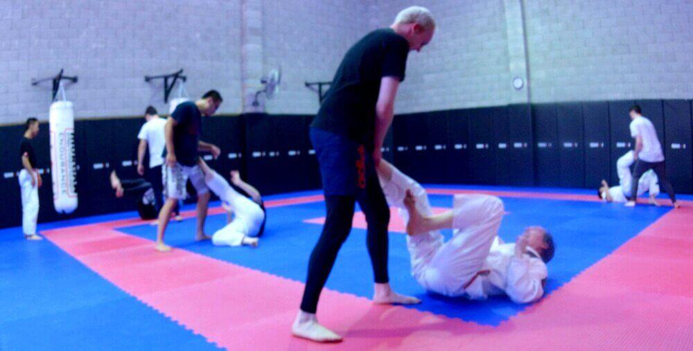 Wing Chun & Jiu-Jitsu Melbourne - Jiu Jitsu Training Kick 71A_8964