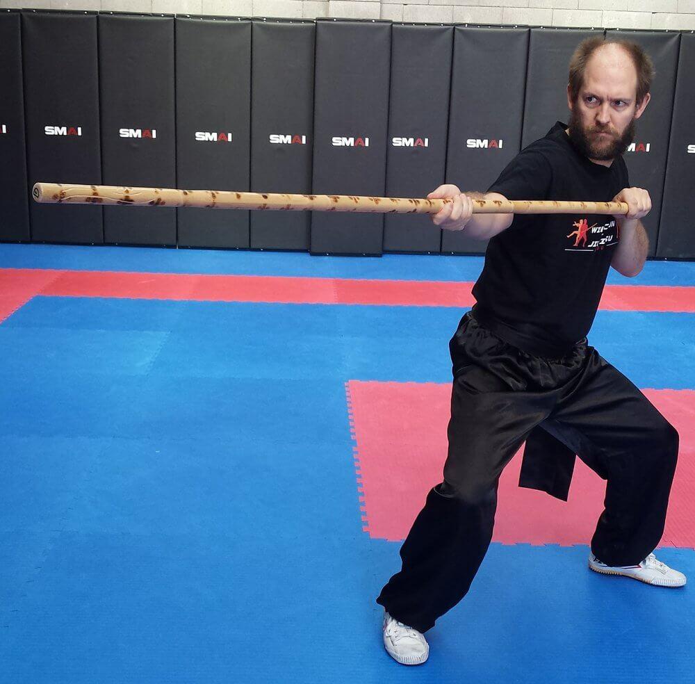 Wing Chun & Jiu-Jitsu Melbourne - Karate Master in Dragon Pole Strike -Dragonpolestrike01