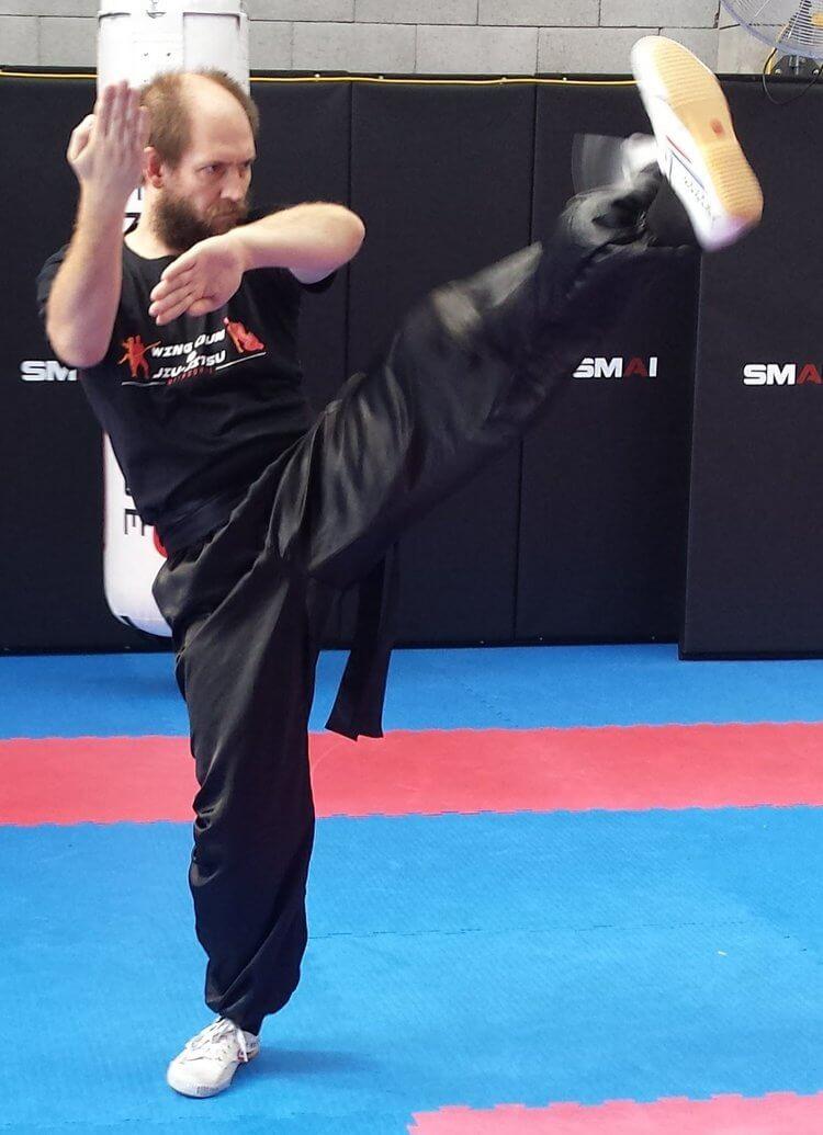 Wing Chun & Jiu-Jitsu Melbourne - Trainor in Quansa of Front Kick Quansaofrontkick02